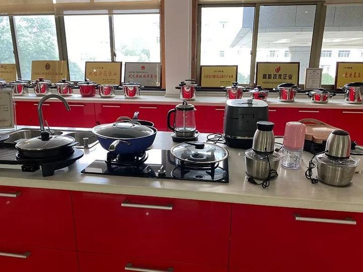 尚厨家居:致力研发创新 引领品质生活